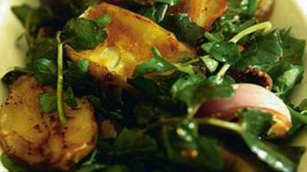Warm chickpea, pumpkin and spinach salad