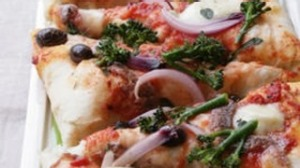 Pizza with broccolini & mozzarella