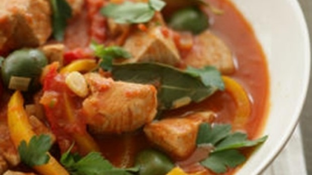 Fresh tuna and red pepper stew