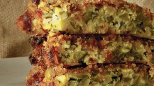 Baked zucchini and bread pie
