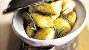 Perfect roast potatoes with rosemary