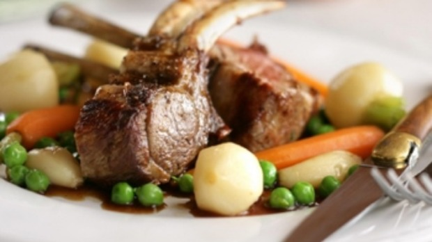 Double Lamb Cutlets With Mash, Peas And Garlic