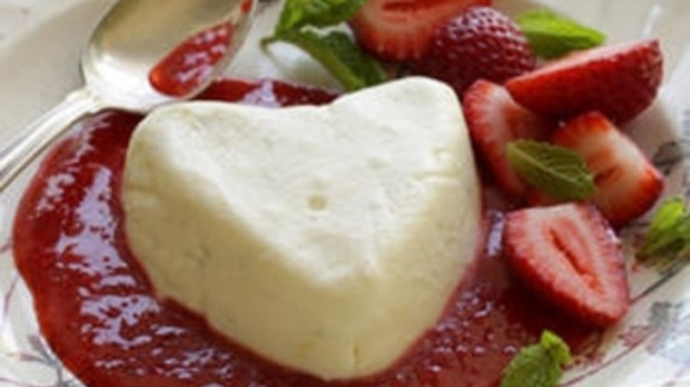 Coeurs a la creme with strawberry sauce Recipe | Good Food