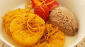 Grilled Grand Marnier oranges with chocolate ice-cream