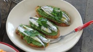 White anchovies and parsley mousse.