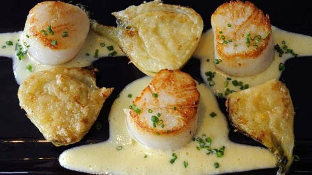 Grilled scallops with parmesan fennel Recipe | Good Food