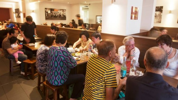 Chaotic but fun ... Mamak Chatswood is a family-friendly hit.