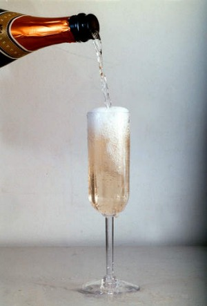 Rockpool advises staff to pour champagne in a single stream in the centre of the glass.