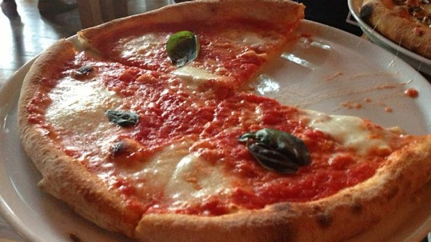 The Margherita pizza at Vacanza.