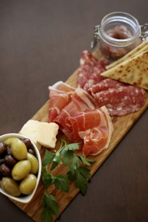 Showcasing regional products ... the antipasto della casa.