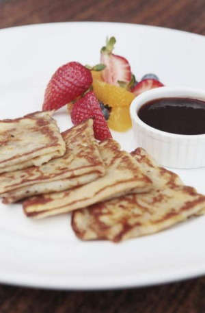 French crepes with seasonal fruit from Bitton.