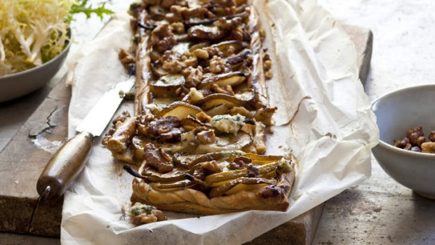 Pear tart with thyme, gorgonzola and walnuts - serve after dinner.