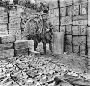 Boxes of corned beef and tins of water and kerosene for Gallipoli. Gallipoli and World War II photos from the Australian ...