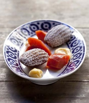 Camorra quince recipe: Poached madelines with lemon curd.