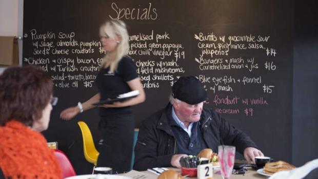 Locals and cross-town food lovers seem to be embracing the recently-opened Bare Bones Society.