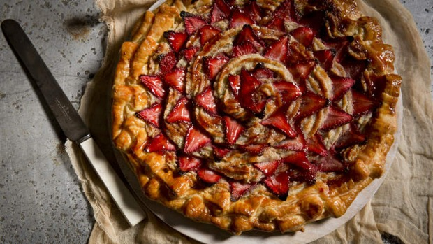 An elegant free-form tart perfect for afternoon tea.