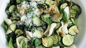 Cavatelli pasta with zucchini and garlic.