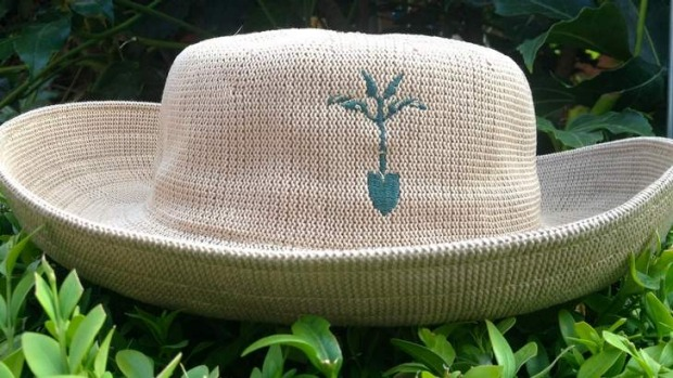 Open Gardens Australia sells women's knitted hats.