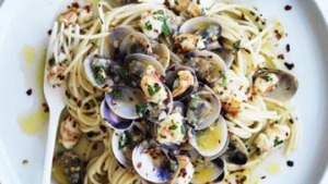 Spaghetti with prawns, clams and chilli.