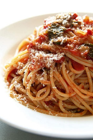 Fresh and dried pastas are suitable for different dishes.