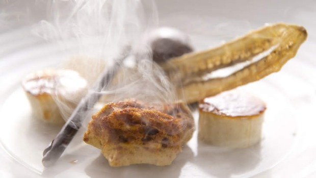 A palette of textures: Chocolate, honeycomb and caramelised banana treated with liquid nitrogen.