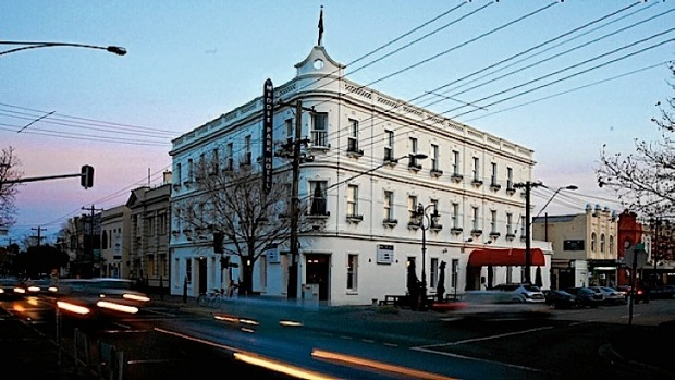 The Middle Park Hotel, restaurant, Middle Park, Melbourne.