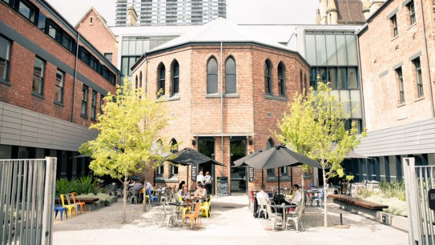 Pearson & Murphy's resembles a warehouse inside with a dash of Shakespearean playhouse outside.
