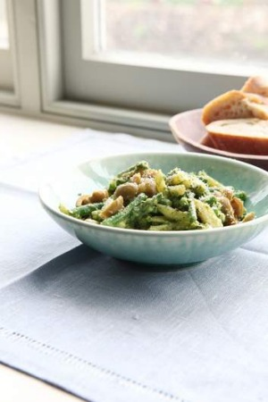 Hugh Fearnley-Whittingstall's pasta with new potatoes, green beans and pesto.