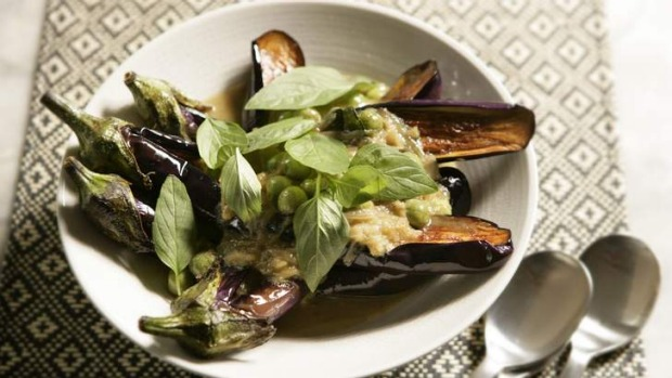 Green Thai curry with apple eggplant.