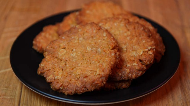 Darren Purchese's Anzac biscuits.