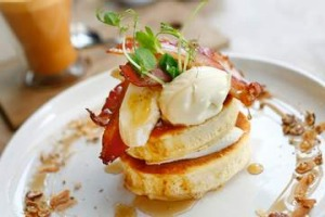 Buttermilk and coconut crumpets with bacon and banana.