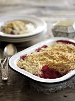 Mary Moody?s rhubarb and apple crumble
