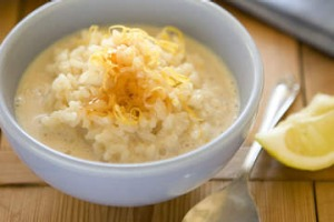 Rice pudding with honey and lemon.