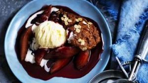 Gingerbread pudding with red wine pears.