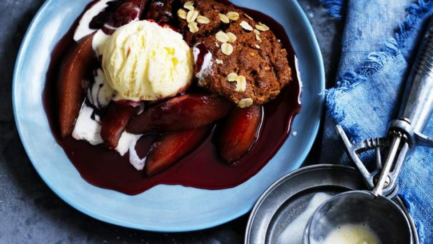 Gingerbread pud': The secret's in the sauce.
