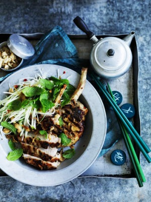 Marinated pork cutlets with green papaya salad.