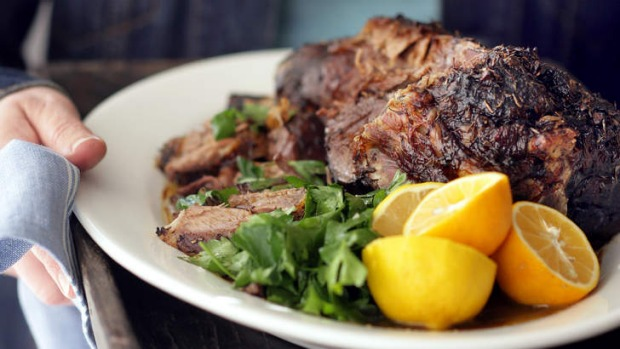 Liven up the flavour of the meat with some salt, lemon and parsley.