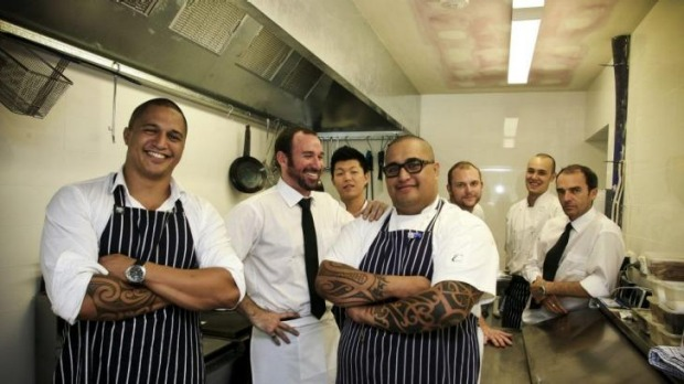 Last laugh: Restaurateur Darran Smith (pictured here, second from left, in 2009) always researches his guests.