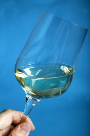 You can thank our fishy friends for crystal clear wine.