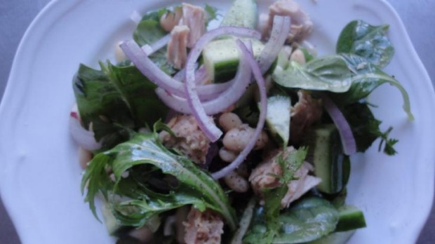 Tuna and white bean salad.