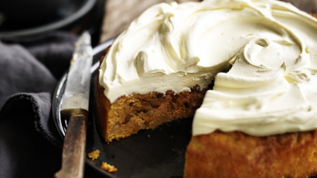 Make the most of Australia's macadamias with this gorgeous carrot cake.