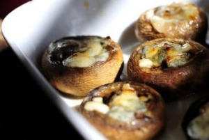 Mushrooms with gorgonzola and honey.