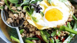Minced pork with chillies, Thai basil and fried egg
