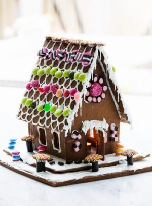 Crumbs!: Phillippa Grogan's gingerbread house.
