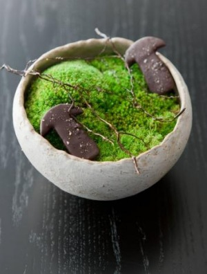 One of the bowls available from Noma Tokyo's online fire-sale (food not included!).