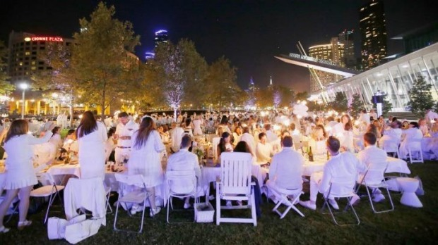 Diner en Blanc on the banks of the Yarra River in Melbourne.