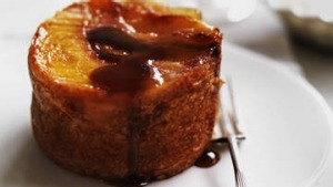 Peach, cinnamon and ginger pudding.