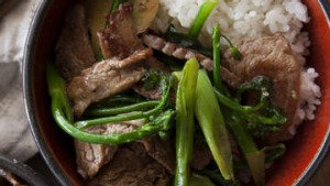 Bavette stir-fry with broccolini.