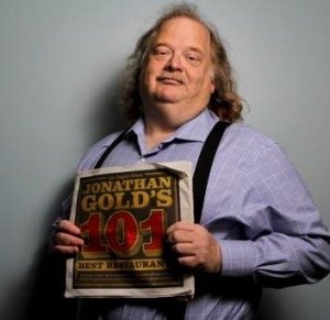 Jonathan Gold in <i>City of Gold</i>.