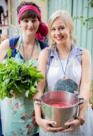 The Youth Food Movement's Passata Day is a chance to get together with friends and learn about tomatoes.